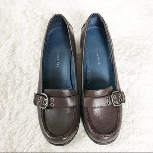 b0f70e510 Tommy Hilfiger Shoes - 🌹Tommy Hilfiger Brown Leather Loafers